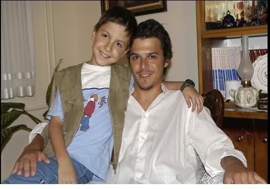 Мехмет гюнсюр с сыном