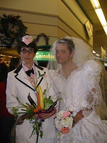 porno-nevesti-ebutsya-pered-svadboy