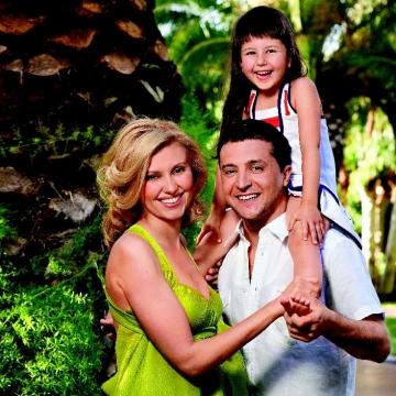 Владимир зеленский и его жена и дети фото