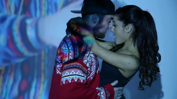 Гимн Сша Ariana Grande
