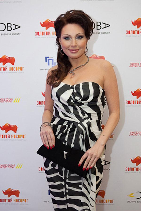 Наталья Бочкарева в платье