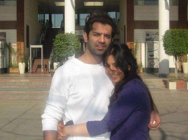 барун собти с женой фото