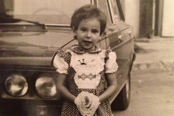 Айза Анохина в детстве