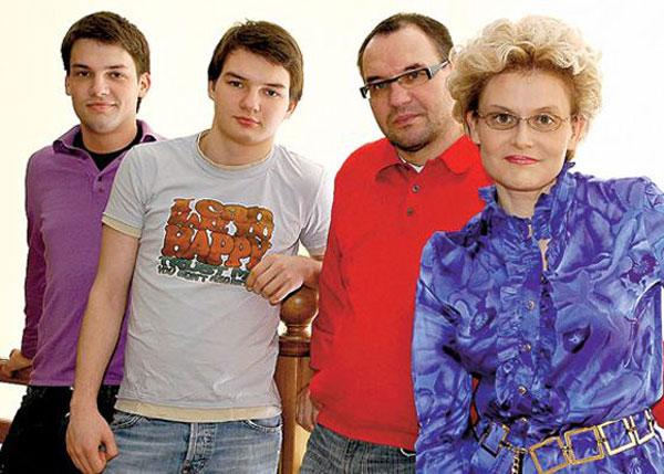 Елена Малышева биография, фото, личная жизнь, семья Елены ...