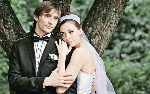 антон феоктистов и его жена фото